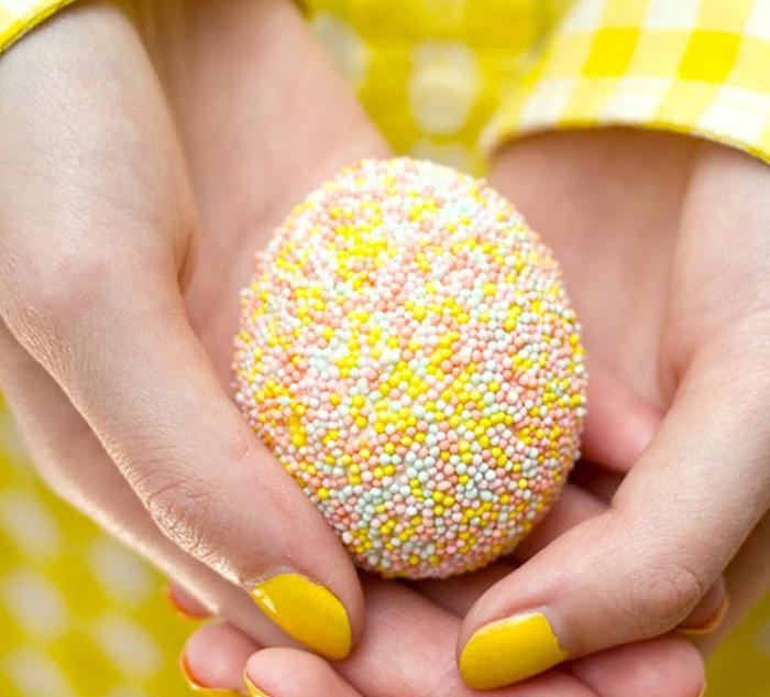 oua cu bomboane